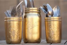 4. Gold accent mason jars!
