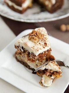 Ciasto marchewkowe najlepsze Polish Desserts, Polish Recipes, Polish Food, Sweet Recipes, Cake Recipes, Cake Packaging, Carrot Cake, Sweet Tooth, Good Food