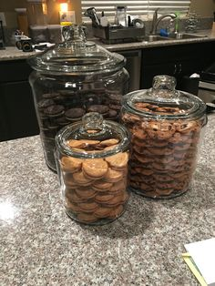 Khloe Kardashian's copy cat cookie jars - loved these jars she does and it was SO easy!Khloe even has a video tutorial explaining how to stack the cookies and where to buy the exact cookie jars. This was the outcome - Enjoy!