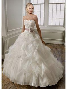 Princesse robe de mariée en volume