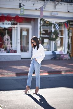 Good morning and happy Monday! I found the best $60 bell sleeve sweater (similar to the one I have worn several times by Tibi!). Pairing it with a more relaxed denim fit (my latest crush!) and the highest heels I own. Hope you have a good start to your week! *** Sweater – Topshop (here | …