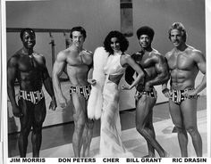 Jim Morris, Don Peters, Bill Grant & Ric Drasin on the set of The Cher Show The Cher Show, Bodybuilding Pictures, Frank Zane, Pumping Iron, Mr Olympia, Body Training, Arnold Schwarzenegger, Classic Tv, Total Body