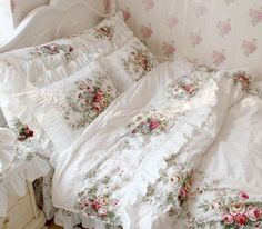 FADFAY Home Textile,New 2014,European Vintage Floral Rose Bedding Set,Shabby Floral Country Style Bedding Set,White Lace Ruffle Bedding Sets