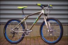 Gt Mountain Bikes, Mountain Biking, Gt Bikes, Vintage Bikes, Retro Bikes, Cars Motorcycles, Cycling, Vehicles, Bikers