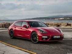 Porsche Panamera Turbo S E-Hybrid Sport Turismo 2018 - Photoscar Toyota Hybrid, Porsche Sports Car, Porsche Cars, Vw Electric Car, Porsche Panamera E Hybrid, Mercedes Hybrid, Panamera Sport Turismo, Best Hybrid Cars, Photos