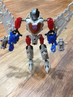 Transformers Construct-Bots {Review} (& Giveaway Ends 12/2)