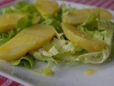 Salade de pommes de terre tièdes sauce parmesan et huile de colza grillé