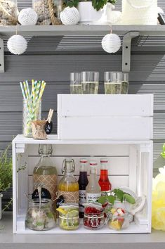 Sommercocktails: Pimp your Prosecco + DIY für eine Drink-Station Kitchen Remodel Ideas 2018, Kitchen Remodel Pictures, Cheap Kitchen Remodel, Galley Kitchen Remodel, Kitchen Remodeling, Remodeling Ideas, Pimp Prosecco, Prosecco Bar, Wedding Reception Ideas
