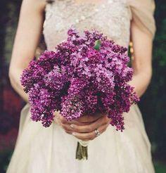 a simple lilac bridal bouquet
