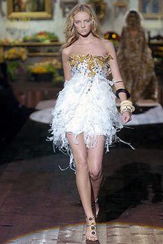 Roberto Cavalli Spring 2005 Ready-to-Wear Fashion Show - Heather Marks