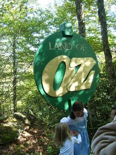 An Oz-themed attraction that has fallen into disrepair but still holds some of that original magic