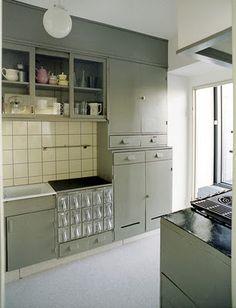 Nice mid century kitchen.