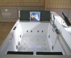 Bora Bora TV bathtub is your personal bathroom oasis - Bornrich Spa Tub, Jacuzzi Tub, Bath Tubs, Bathroom Tubs, Master Bathroom, Public Relations, The Sims, 2 Person Bathtub, Best Bathroom Designs