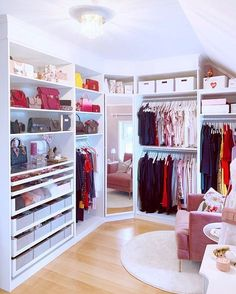 Walk In Closet Design, Bedroom Closet Design, Girl Bedroom Designs, Room Ideas Bedroom, Closet Designs, Home Decor Bedroom, Dream Closets, Dream Rooms, Beauty Room Decor