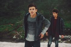 hayes and cam I think I might have died
