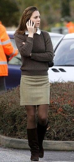 December 13, 2006 - Kate talking on her mobile in Richmond.