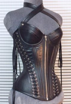 Leather Den, Leather garments, sexy leather : Women's Clothing >> Leather Corsets & Bustiers
