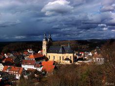 Blick über Gößweinstein an einem stürmischen Tag, Fränkische Schweiz, Bayern, Deutschland