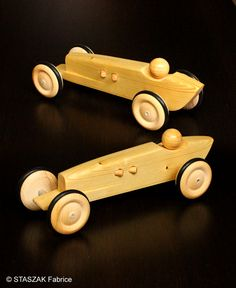 © STASZAK Fabrice 2015 Vintage car toy. Wood car toy. Race car toy.