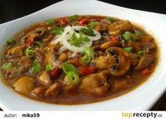Myslíme si, že by sa vám mohli páčiť tieto piny - Kung Pao Chicken, Ratatouille, Thai Red Curry, Poultry, Stew, Chili, Food And Drink, Treats, Cooking