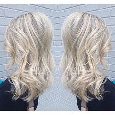 I Dream Of This Hair Color But Don T Have The Makeup And Nails Pinterest White Blonde H