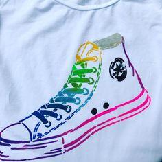 Converse Chuck Taylor High, Converse High, High Top Sneakers, Pimp Your Shirt, Foto Transfer, Chuck Taylors High Top, High Tops, Quilt, Shoes