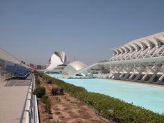 Ciudad de las Artes y las Ciencias  The New Operahouse, Valencia, Spain