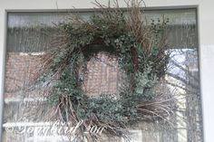 Twig wreath - links up to a show of how same wreath base was used through the year.