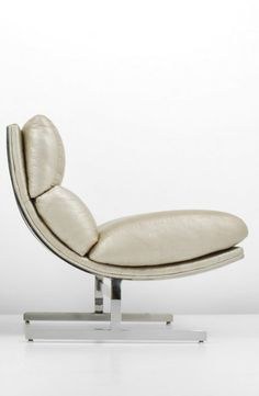 Kipp Stewart; Chromed Steel and Leather Lounge Chair for Directional, c1970.