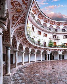 Top 5 Inexpensive Family Room ideas (Read more. Millionaire Homes, Sevilla Spain, Iberian Peninsula, Medieval Castle, Luxury Villa, Plaza, Building Design, Barcelona Cathedral, Beautiful Homes