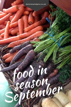 September is filled with natures best harvest. Get the guide to what's in season in September and how to use it deliciously. Quick and easy recipes for making the most of September food. Easy family food from daisies and pie Delicious Vegan Recipes, Quick Recipes, Quick Easy Meals, Veggie Recipes, Fall Recipes, Easy Vegetable Side Dishes, Whats In Season, Healthy Vegetables, Veggies