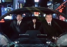 Men In Black II - Publicity still of Tommy Lee Jones & Will Smith Men In Black, Hd Movies, Movies Online, Movies And Tv Shows, Movie Tv, Movies Free, Comedy Movies, Tommy Lee Jones, Aliens
