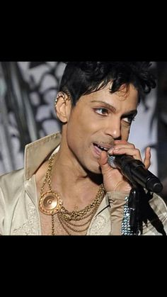 Working his magic ■ ■ ■ ■ ■ Prince ■ ■ ■ ■