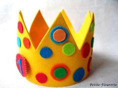 Kunterbunte Geburtstagskrone zum Schmücken des Geburtstagskindes. Die Krone ist aus hochwertigem 100% Schurwollfilz gearbeitet. Dank eines Klettverschlusses wächst die Krone mit und passt für...