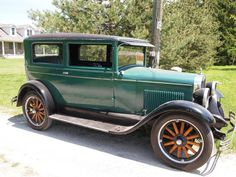 1928 Chevrolet National.