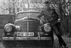 #vintage #car #uniform
