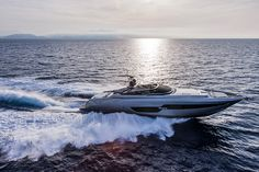 The new Riva 88' Florida: The thrill of a coupé, the freedom of an open! #luxury #yacht