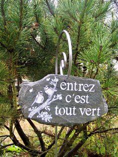 10 Cble D Alimentation Rs Pro Ideas Garden Ornaments, Christmas Ornaments, Slate Garden, Garden Deco, Spring Sign, Land Art, Entryway Decor, Diy Home Decor, Diy Crafts