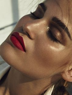 Matte red lips, bronze smokey eyes, strong brows, glowing skin. SonyaGorelova by #HongJangHyun for #MixteMagazine Summer 2015