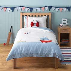 Inject elements of the sea to your kiddies' bedrooms with our nautical bedroom decor roundup.