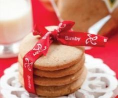 Bolachas de gengibre na bimby. I Companion, Tasty, Yummy Food, Wedding Cookies, Cooking Time, Biscotti, Crackers, Christmas Time, Pancakes