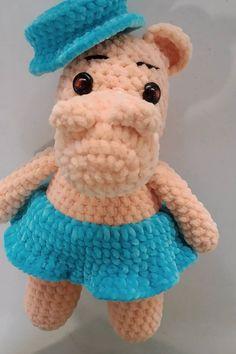 Skaanevik sweater pattern by Siv Kristin Olsen Olsen, Wordpress, Teddy Bear, Sweater, Toys, Pattern, Travel, Sweater Cardigan, Voyage