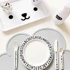 Cloud placemat   Design Letters tablewares   Is To Me   Image by @vandc.designs