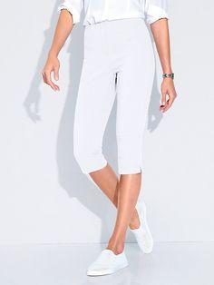 Caprihose Capri Pants, Fashion, Trousers, Moda, Capri Trousers, Fashion Styles, Fashion Illustrations