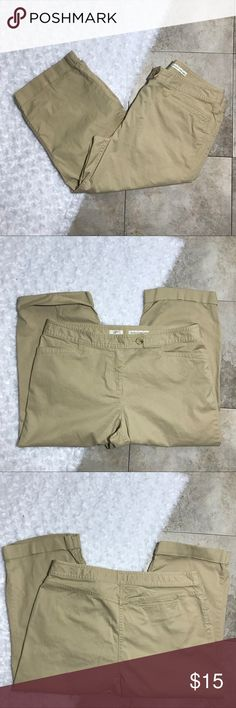 "J Jill Khaki Capris EUC J Jill Capris. Khaki color, size 12 stretch. Genuine fit, sits below waist. Dressy enough for work but comfortable enough for a day at the beach. Perfect condition no sign of wear.   Waist 16 1/2"" Inseam 19"" J. Jill Pants Capris"