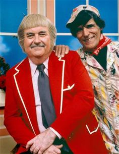 Cosmo Allegretti, right, with 'Captain Kangaroo host Bob Keeshan in 1979 This Is Your Life, In This World, Bob Keeshan, Captain Kangaroo, Green Jeans, Old Shows, My Childhood Memories, Sweet Memories, Childhood Toys