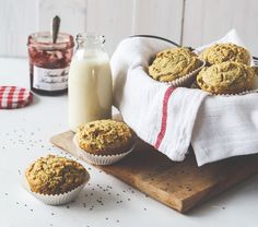 Du magst Chia? Dann probier doch mal unsere super-leckeren Chia-Zitronen-Muffins!