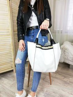 Trendy dámska kabelka Monnari Trendy, Bags, Fashion, Handbags, Moda, Fashion Styles, Fashion Illustrations, Bag, Totes