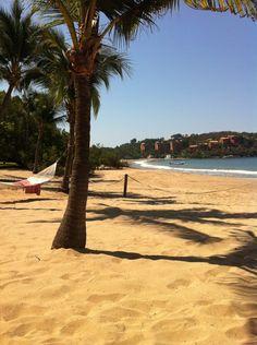 Playa quieta en Ixtapa, Guerrero Categoría: Paisajes Terrestres