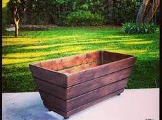Fabriquer pot fleur palette recherche google meubles - Recherche palette de bois a donner ...